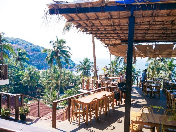 finding-local-restaurants-Goa-Hippie-in-Heels-675x506 Tips for Finding a Great Restaurant While Traveling