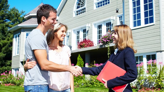 hire-experienced-realtor-675x380 How to Prep Your Home for a Sale?