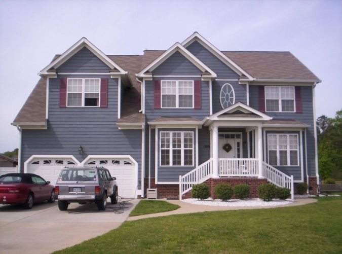 house-color-house-exterior-675x501 4 Ways to Reinvigorate Your Curb Appeal