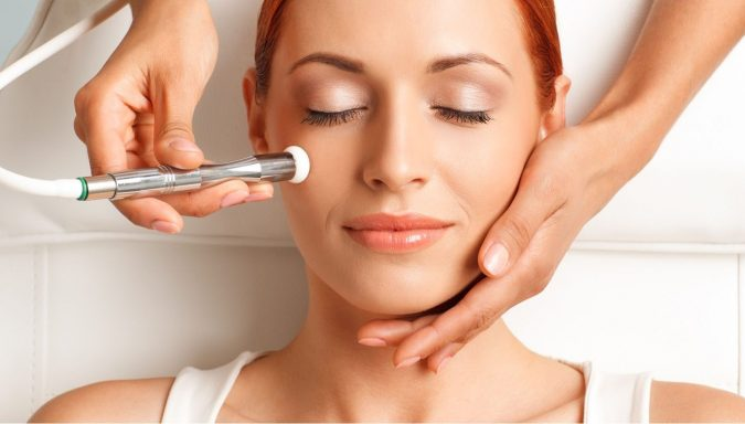 laser-mole-beauty-mark-removal-675x384 Easiest 7 Ways to Get Rid of Beauty Marks