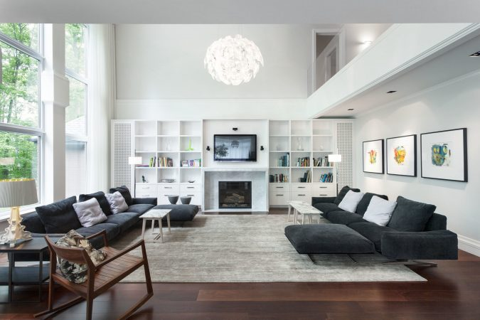 living-room-with-dark-wooden-floor-home-decoration-675x450 10 Wood Floors Design Ideas for Living Rooms