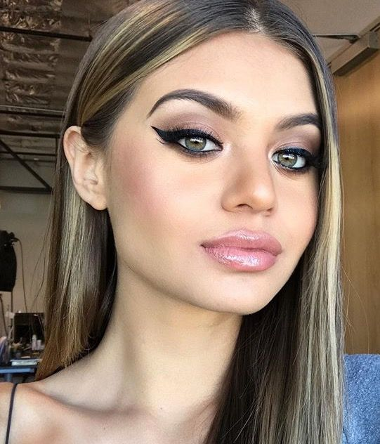makeup-sofia-jamora-hair-cat-eye-eyeliner 10 Most Creative Prom Makeup Ideas That Are Trending