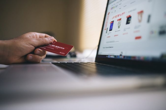 makong-monry-Get-cashback-when-shopping-online-675x450 Learn How Millennials Let Go of Their Hard-Earned Money
