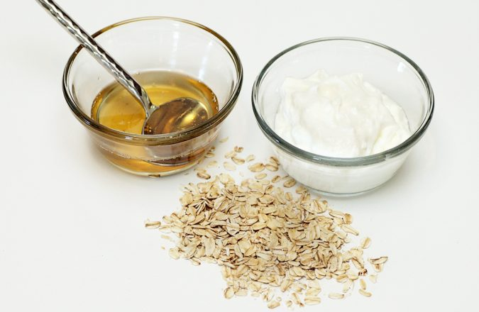 oatmeal-yogurt-honey-remove-blackheads-675x440 Top 10 Fastest Getting-Rid of Blackheads Ways