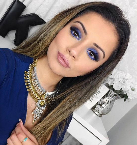 prom-makeup-blue 10 Most Creative Prom Makeup Ideas That Are Trending