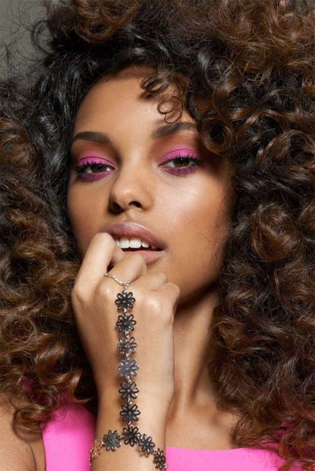 prom-makeup-pink 10 Most Creative Prom Makeup Ideas That Are Trending