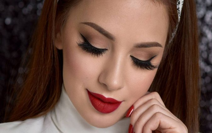 red-makeup-2-675x424 10 Most Creative Prom Makeup Ideas That Are Trending