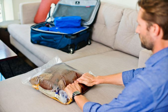 Compression-Bags-for-travel-1-675x451 10 Packing Essentials Tips for Your Next Adventure Holiday