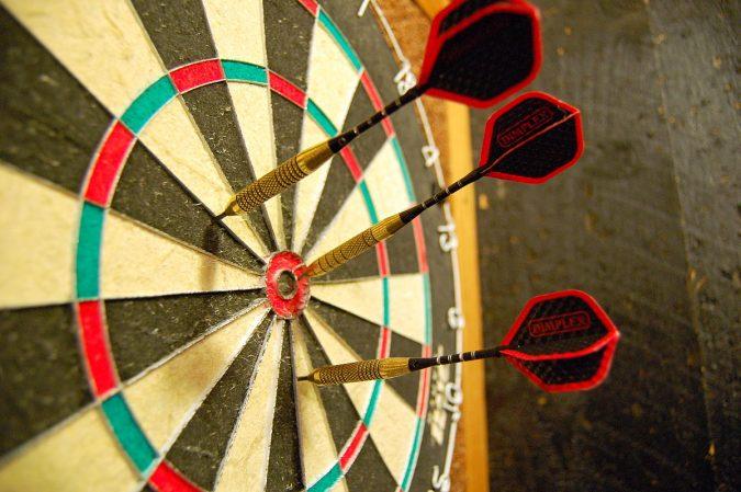 Dartsboard-675x449 How to Choose the Best Outdoor Dartboard