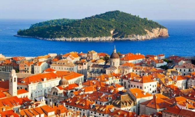 Dubrovnik-Lokrum-Island-675x405 Best 10 Dubrovnik Scenes & Beaches that Attract Tourists