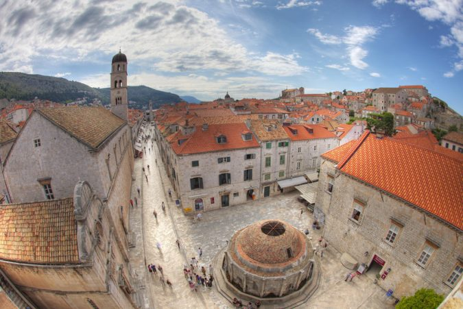 Dubrovnik-the-fountain-of-Onofrio-675x451 Best 10 Dubrovnik Scenes & Beaches that Attract Tourists