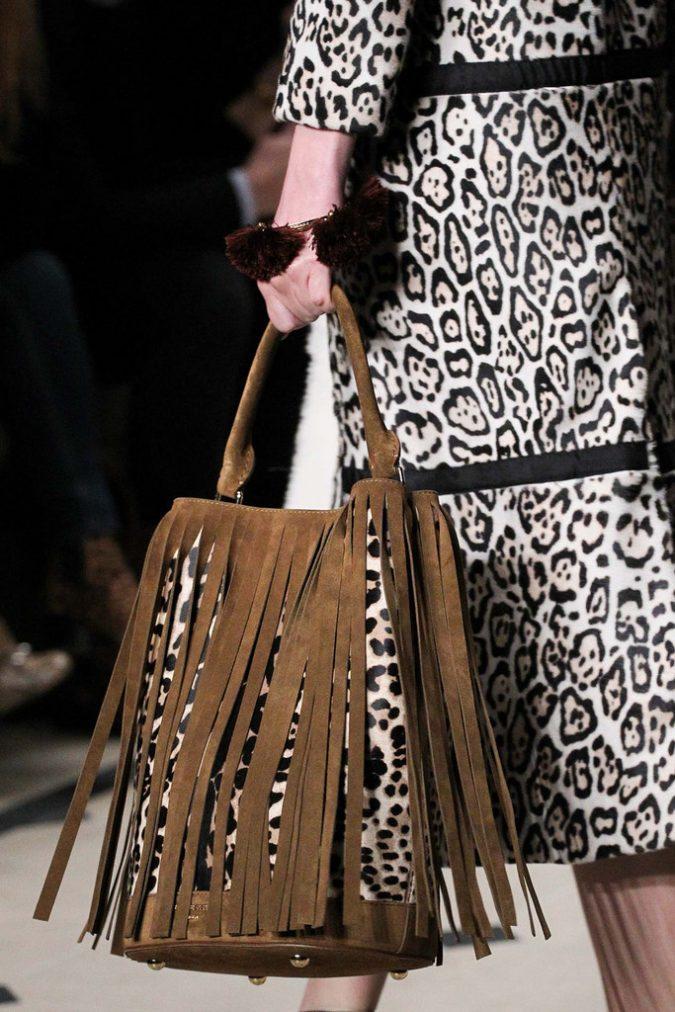 Fall-Winter-fashion-2015-Handbag-675x1012 80 Elegant Fall & Winter Outfit Ideas 2020