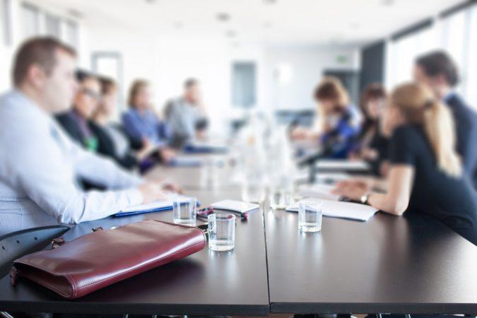 Retrospective-meeting-2-675x450 Running Effective Retrospective Meetings in the Workplace