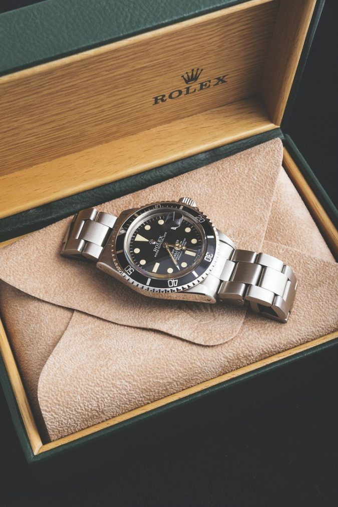 Rolex-watch-gift-for-men-675x1013 How to Choose the Perfect Watch for Your Groom