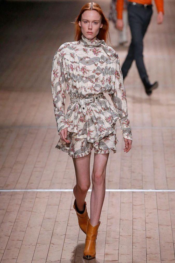 cowboy-boots-winter-fashion-2018-2-675x1013 80 Elegant Fall & Winter Outfit Ideas 2020