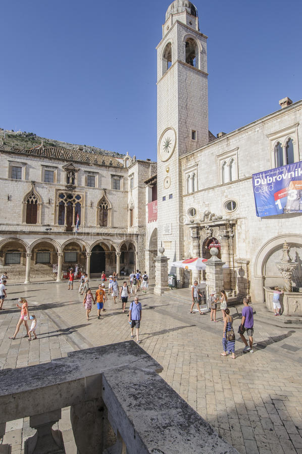 dubrovnik-square-loggia-sponza-palace-clock-tower Best 10 Dubrovnik Scenes & Beaches that Attract Tourists