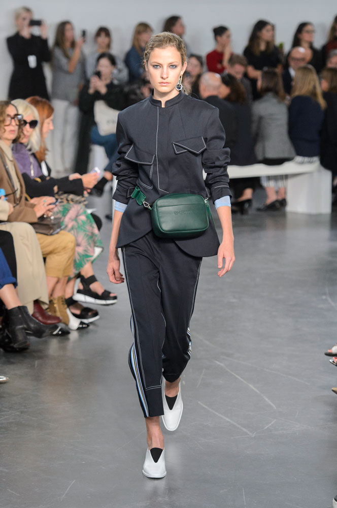 spring-fashion-2018-fanny-packs 15 Biggest Summer Fashion Trends We Are Obsessed with