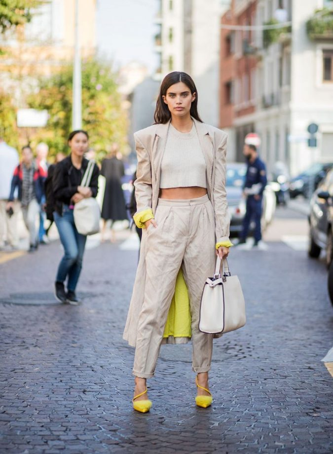 summer-fashion-2018-Crop-Top-675x920 15 Biggest Summer Fashion Trends We Are Obsessed with