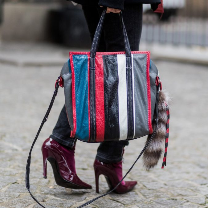 winter-fashion-Best-Tote-Bags-2018-675x675 80 Elegant Fall & Winter Outfit Ideas 2020