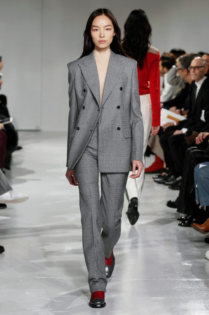 winter-outfit-checked-suit-675x1013 80 Elegant Fall & Winter Outfit Ideas 2020
