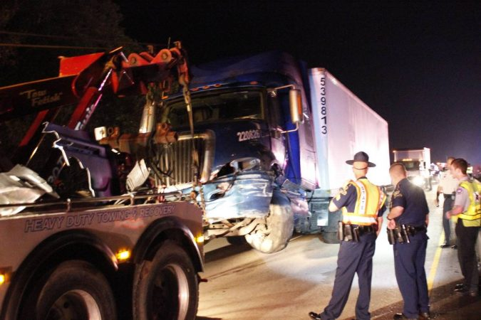 18-wheeler-accident-6-675x450 15 Frightening 18-Wheeler Accident Statistics
