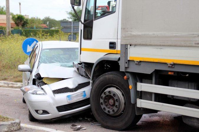 18-wheeler-accident-8-675x450 15 Frightening 18-Wheeler Accident Statistics
