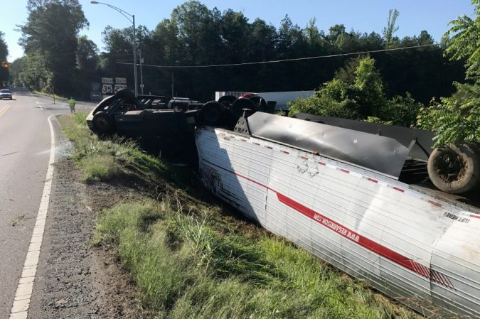 18-wheeler-accident-9-675x449 15 Frightening 18-Wheeler Accident Statistics