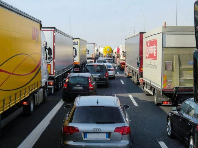 18-wheeler-trucks-and-cars-675x506 15 Frightening 18-Wheeler Accident Statistics