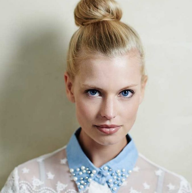 Ballerina-Bun-hairstyle-675x677 +12 Most Stylish Hairstyles Women Will Love to Make in 2020
