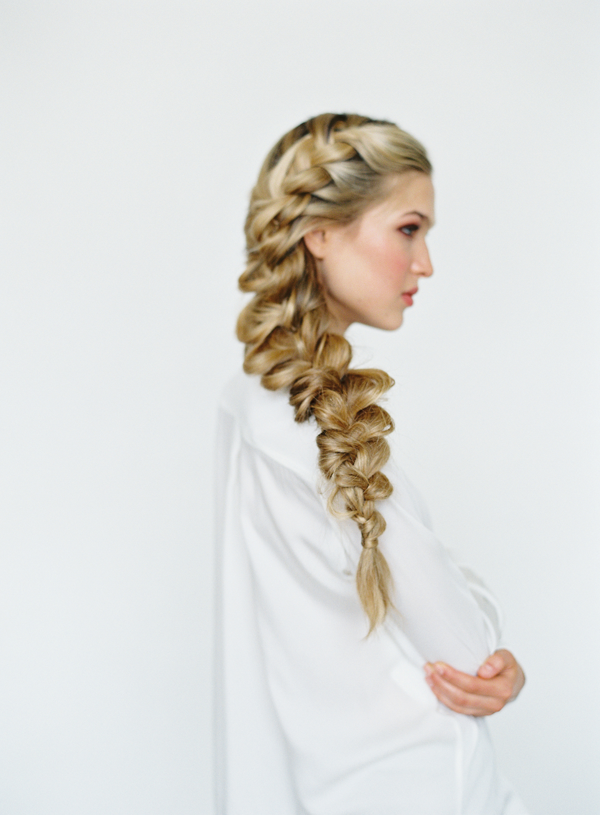 Loose-Side-Braid-hairstyle-2 +12 Most Stylish Hairstyles Women Will Love to Make in 2020