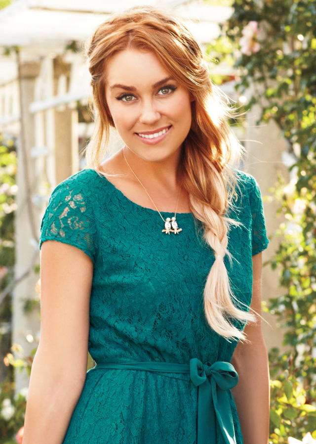 Loose-Side-Braid-hairstyle +12 Most Stylish Hairstyles Women Will Love to Make in 2020