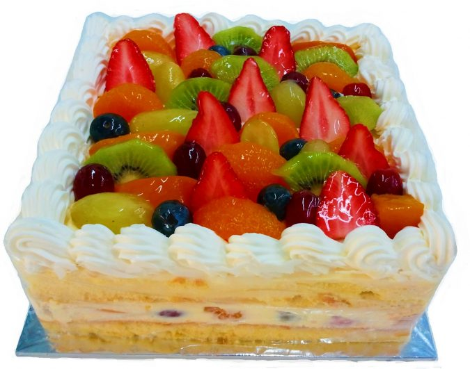 Mixed-Fruitcake-675x531 Top Regular Cakes to Add the Sweetness in Your Celebrations