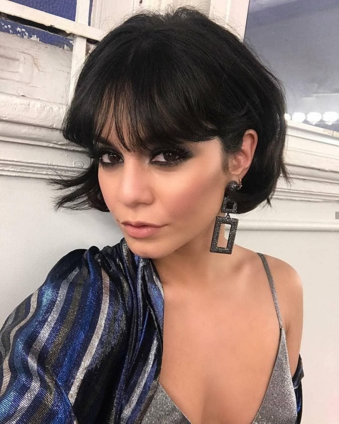 Short-and-Sassy-Brunette-Bob-hairstyle-with-Heavy-