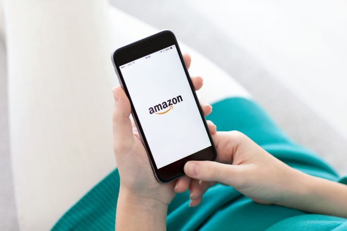 amazon-shopping-app-675x450 What Happens When Mobile Takes Over the Customer Journey?