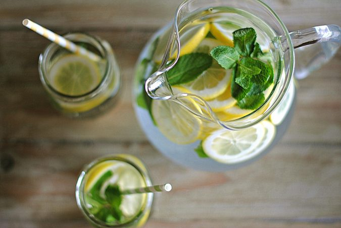 backyard-party-Lemon-Mint-Drink-675x452 Best 10 Trending Backyard Party Ideas for All the Party Freaks Out There