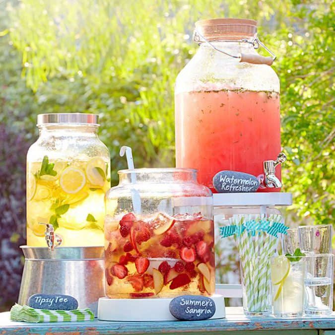 backyard-party-Lemon-Mint-Drinks-675x675 Best 10 Trending Backyard Party Ideas for All the Party Freaks Out There