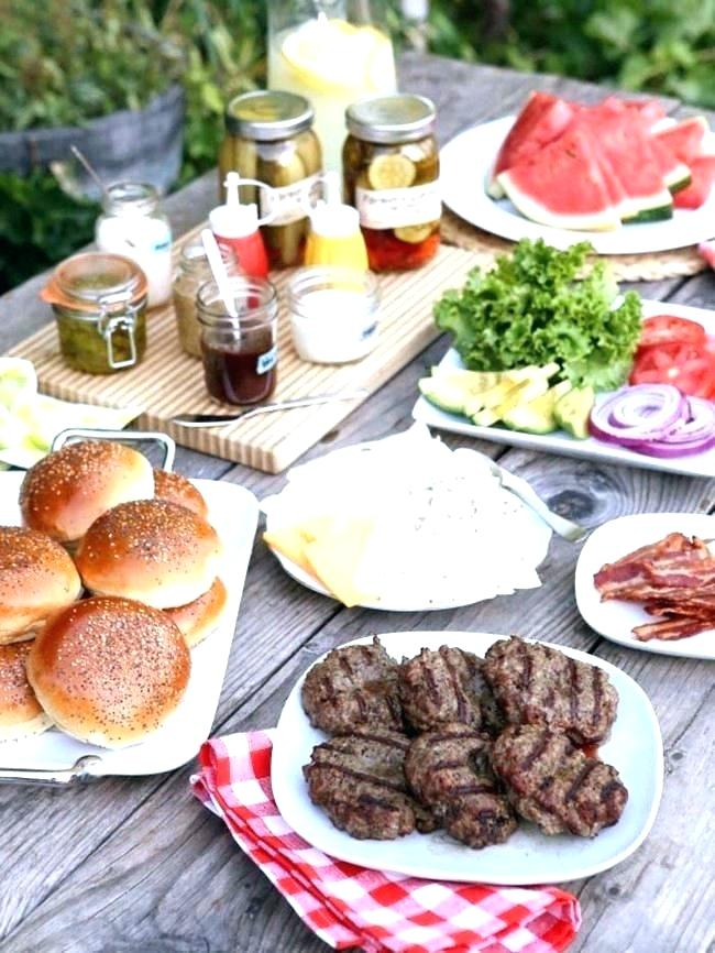 backyard-party-food-bbq-themed-party Best 10 Trending Backyard Party Ideas for All the Party Freaks Out There