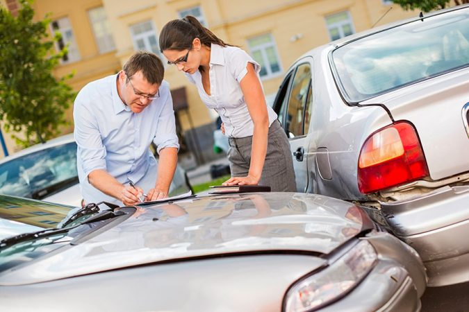 car-accident-attorney-ja16_insurancefyi_claims-675x450 What Can a Semi Truck Accident Lawyer Do for You?