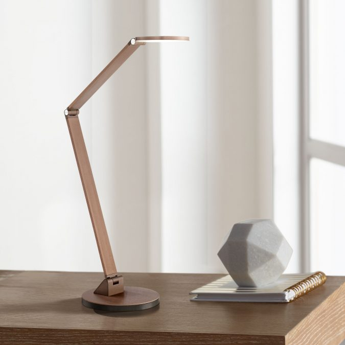 gadgets-LED-Desk-Lamp-675x675 2019 Trending: Best 10 Gadgets for College Students