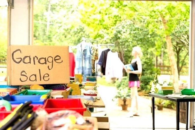 garage-sale-2-675x449 7 Ways to Make Your Own Money