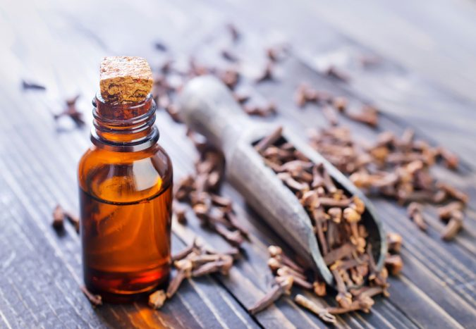 home-remedies-for-a-toothache-clove-oil-675x467 10 Packing Essentials Tips for Your Next Adventure Holiday