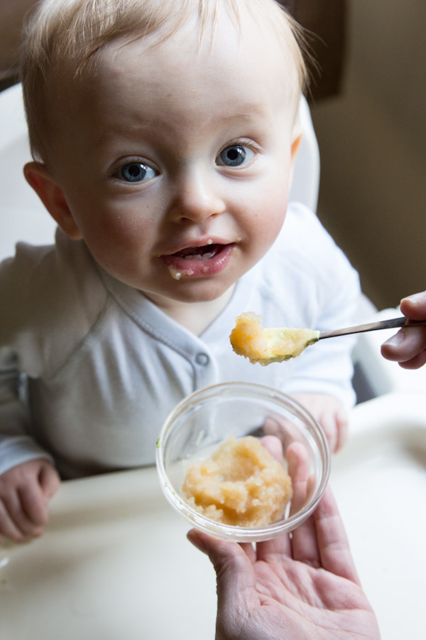 homemade-Baby-Friendly-Applesauce-2 Baby Food Recipes: Making Your Own Baby Food is Simple and Healthy