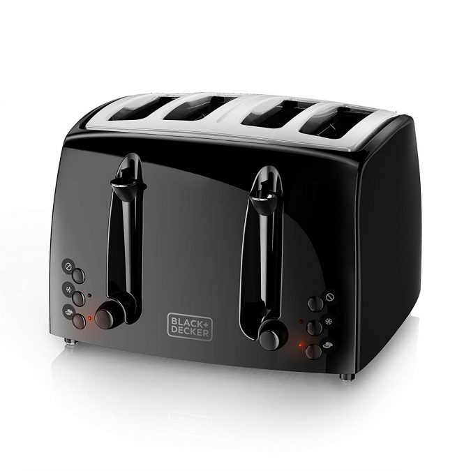 kitchen-gadgets-Toaster-675x675 Top 10 Kitchen Modern Appliances You Must Have in 2019