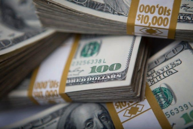 money-dollars-675x450 6 Ways the Wealthy Make their Financial Decisions