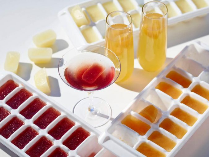 party-flavored-ice-cubes-675x507 Best 10 Trending Backyard Party Ideas for All the Party Freaks Out There