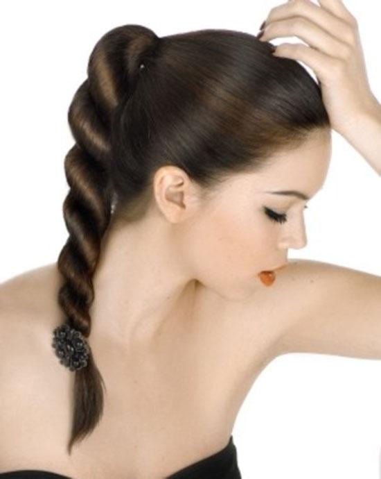 school-hairstyles-Rope-Braid-Ponytail Top 10 Trendy Back to School Hairstyles 2020