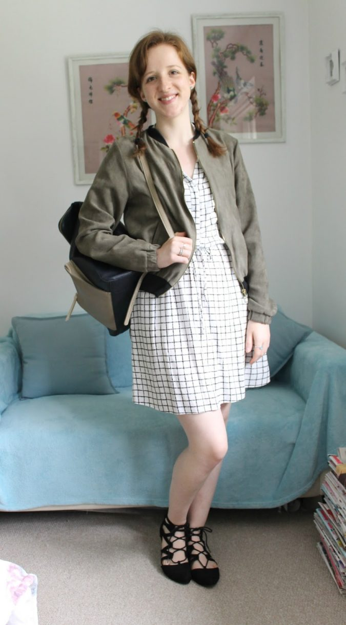 school-outfits-Bomber-Jacket-OOTD-Checked-Dress-and-Lace-Up-Shoes-3-675x1219 Top 12 Trending Back-to-School Outfits 2018/2019