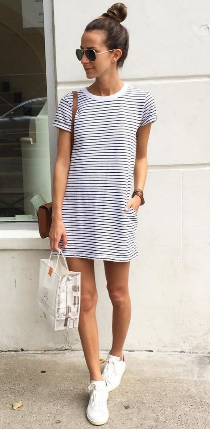 school-outfits-Short-Sleeve-T-Shirt-Dress-1-675x1379 Top 12 Trending Back-to-School Outfits 2018/2019