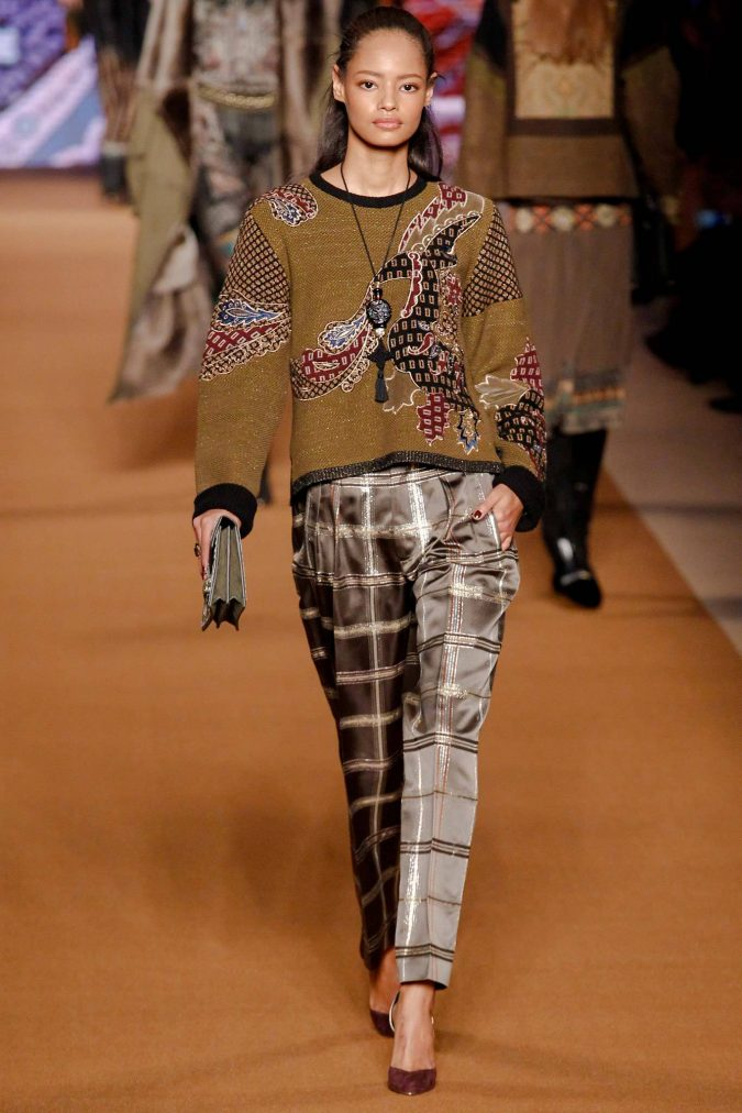 Boho-Chic-Clothes-outfit-in-Etro-Fall-Winter-2014-2015-675x1012 7 Bohemian Fashion Trends for Fall-Winter 2019