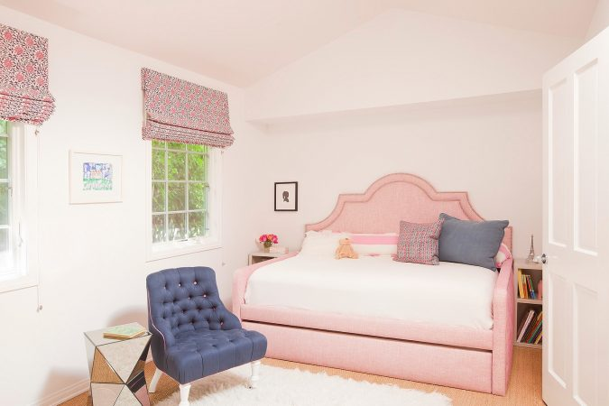 Interior-design-home-decor-Christine-Markatos-Design_SMEclecticCapeCod_3-675x450 5 Coastal Design Tips